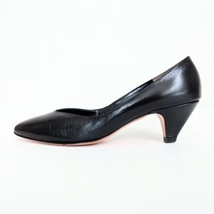 🇨🇦 Vintage La Vallee Black Leather Pumps